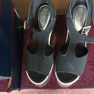 Refresh Wedge Sandals